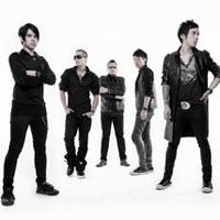 ฟังเพลง อ้อมกอดจากดวงดาว - Clash Feat. เบิร์ด ธงไชย (ฟังเพลงอ้อมกอดจากดวงดาว) | เพลงไทย