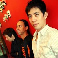 ฟังเพลง ผู้ได้รับบาดเจ็บ - Link Corner (ลิงค์คอร์เนอร์) (ฟังเพลงผู้ได้รับบาดเจ็บ)   เพลงไทย