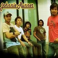 ฟังเพลงใหม่ เพลงใหม่ เพราะว่ารัก - Johnnie Runner   เพลงไทย
